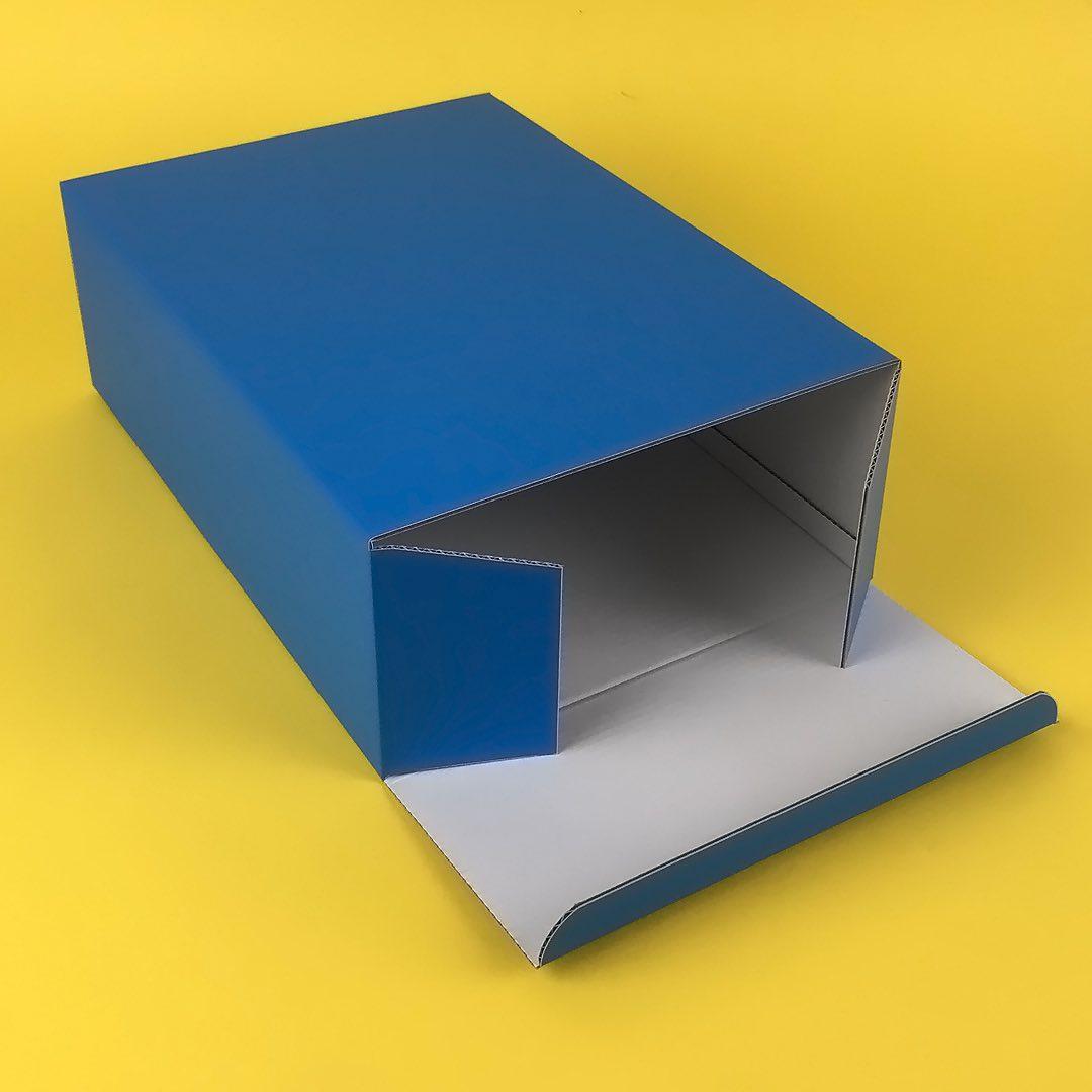Виготовлення картонних коробок з кашируванням